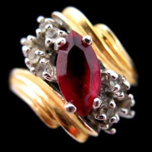 Jewelry - VINTAGE Womens Ring Rings Jewelry Ruby Red Gold 8